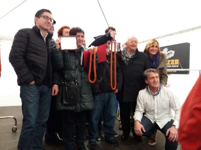 Sakandarrena Euskal Herriko txistorra txapelketaren podiuma