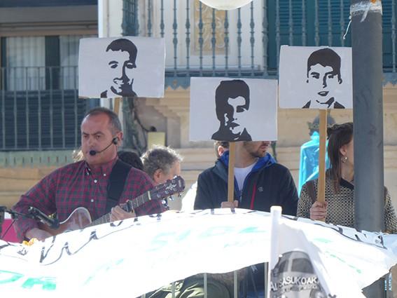 Iruñeko manifestazioaren zain  - 22