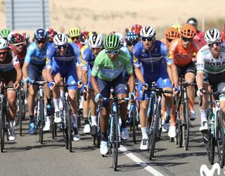 Oraindik Vueltan garaipena lortu ahal dela uste du Movistar Team taldeak