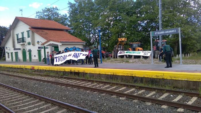 Geralekuetatik tren sozialaren alde  - 5