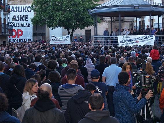 9.000 pertsonak eskatu dute Altsasuko auzikoen askatasuna - 16