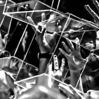 'La revolta de las urnes' Dolors Gibert argazkilariaren eta Carles B. Gordis kazetariaren erakusketa