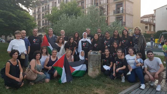 Palestinari elkartasuna adierazteko deialdia