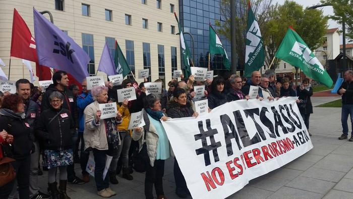 """Zortzi sindikatuk Altsasuko auziari buruzko """"kezka"""" azaldu dute"""