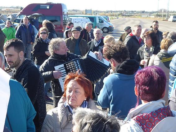 Iruñeko manifestazioaren zain  - 3