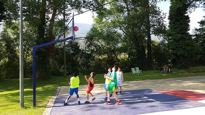 10 taldetik gora 3x3 Ziordia Saskibaloi Torneo solidarioan