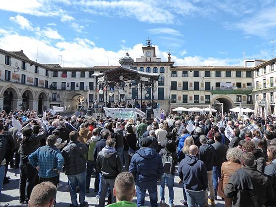 Iruñeko manifestazioaren zain  - 21