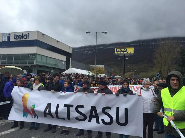 """Sozialista batzuk Altsasuko auzian """"gertakariei lotutako epai proportzionala eta justua"""" eskatu dute"""