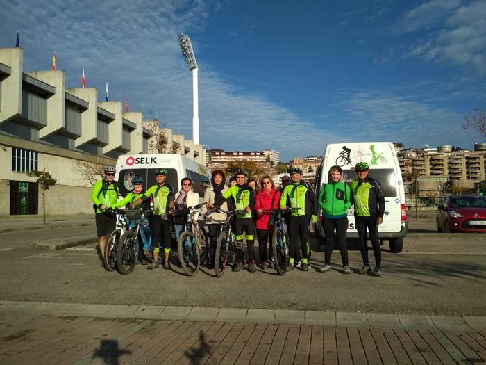 Altsasu-Ainzoain-Altsasu 115 km-ko ibilbidea eginen dute Barranka Txirrindulari taldeko errepide atalekoek