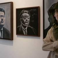 Iñaki Beorlegui margolari euskal-mexikarraren migrazioaren eta Mediterraneoaren inguruko marrazkien erakusketa