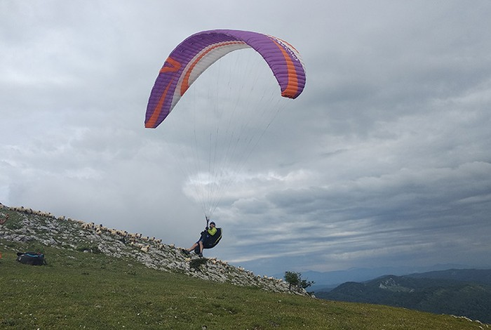 Herriko parapente-zalea Huescan zauritua