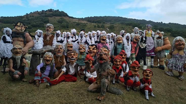 Iskidiko pertsonaiak gatzaren festan