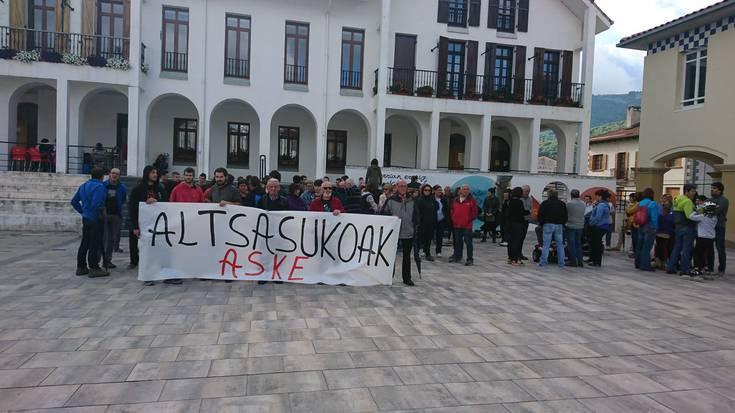 Espainiako Auzitegi Nazionalak lau atxilotuen baldintzarik gabeko espetxeratzea agindu du