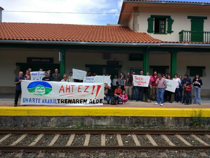 Geralekuetatik tren sozialaren alde  - 7