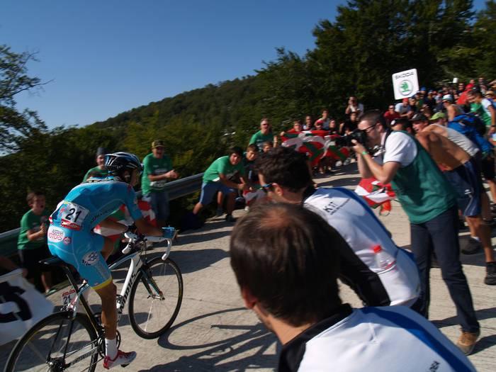 Espainiako Vuelta Sakanatik pasako da