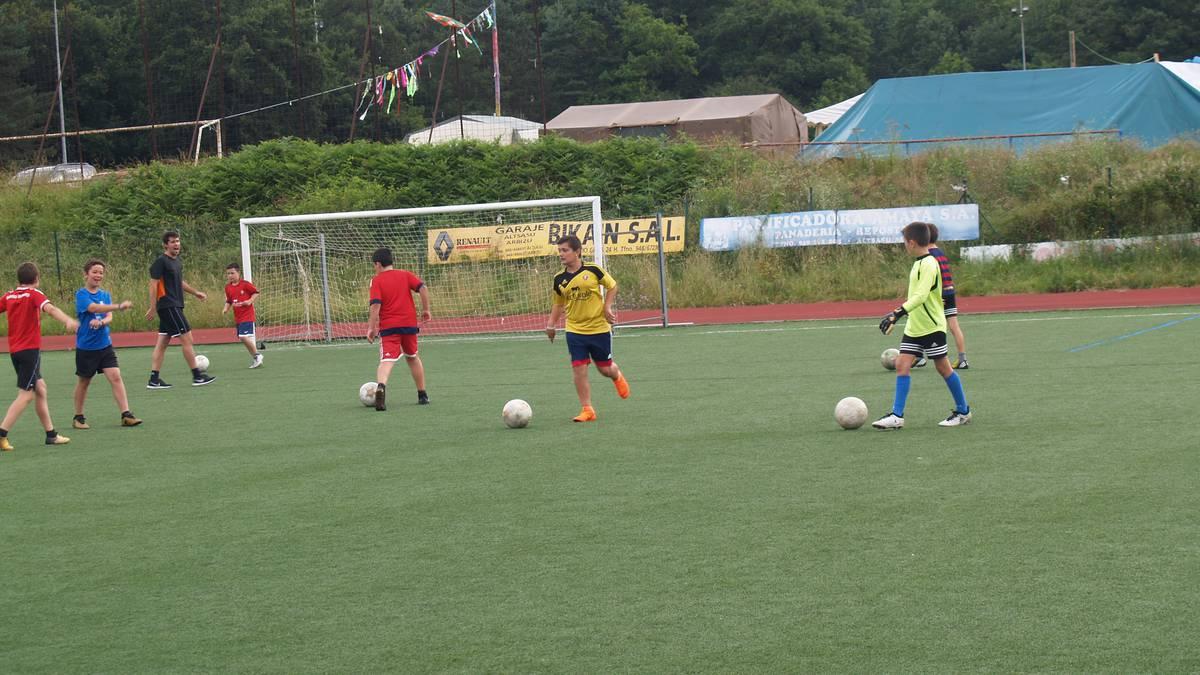 Sakanako Futbol Topaketak: apirilaren 28an kimuen jarduna Ziordian