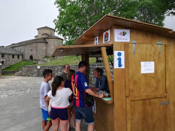 Mankomunitateak bi turismo informatzaile kontratatuko ditu