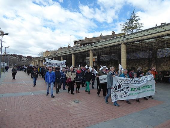 Iruñeko manifestazioaren zain  - 15