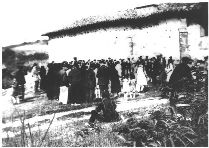 Santa Luzia ospakizuna, iluntzean