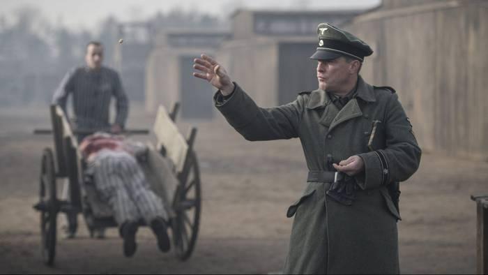 El informe Auschwitz gaurkotasunezko filmaren emanaldia