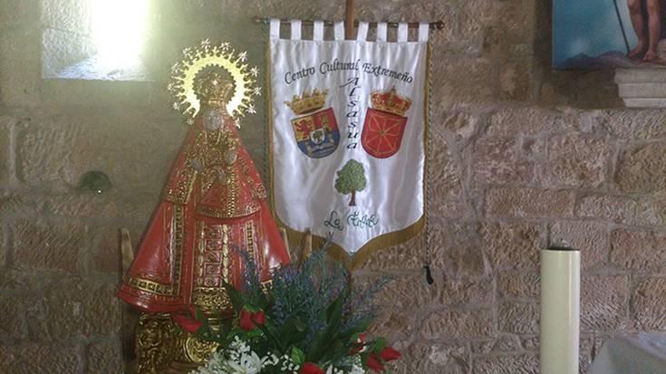 Extremadurako eguna ospatu zuten