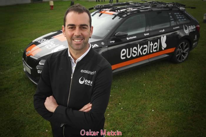 Jorge Azanzaren Euskaltel Euskadik eta Rural Kutxa-Seguros RGA-k Vueltarako gonbidapena jaso dute