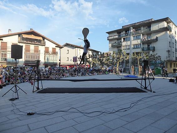 """Arte eszenikoen erakustaldiak mustu du plaza """"berria"""" - 3"""