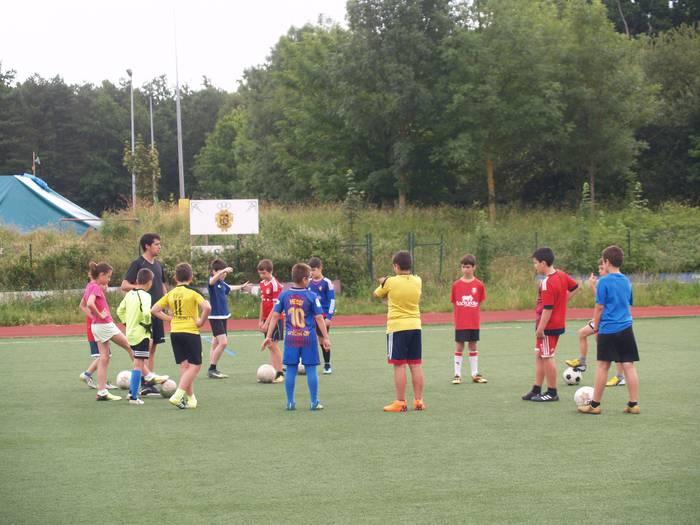 Sakanako Futbol Topaketak: igandean kimuak Olaztin