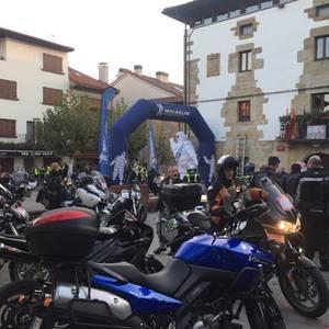 Navarider Day: 800 motor Lakuntzan