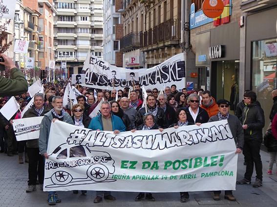 Iruñeko manifestazioaren zain  - 17
