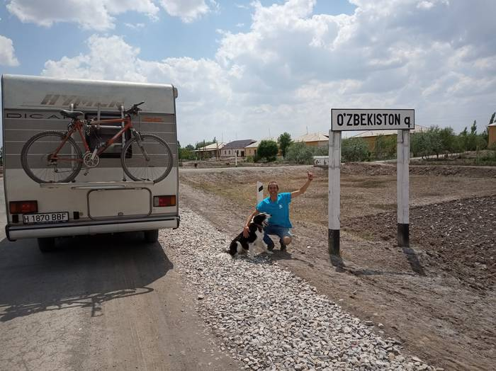 """""""Paisaien edertasunagatik Kirgizistan gustatu zait gehien, eta Iran munduko herrialderik abegikorrena da"""""""