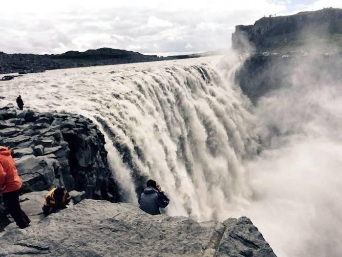 Islandia. Uraren indarra