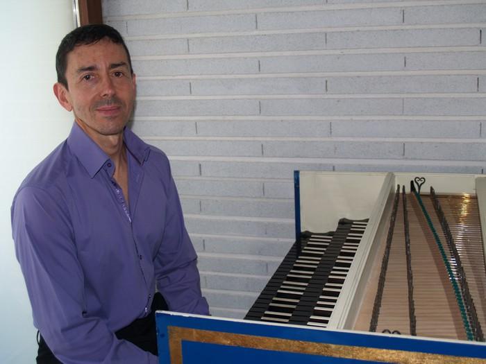 """Pedro Jose Rodriguez Larrañaga: """"Klabezinendako egindako musika oso kalitate handia du. Klabezina jotzen dugunak zortekoak gara"""""""